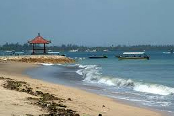 Pantai Teluk Benoa - Bisnis.com