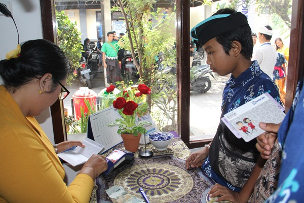 Layanan BRILink mulai masuk sekolah di SMPN 2 Tabanan, Bali, Kamis (10/10) - Istimewa