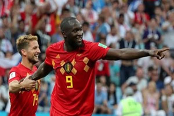 Striker Timnas Belgia Romelu Lukaku (kanan) bersama Dries Mertens. - Reuters