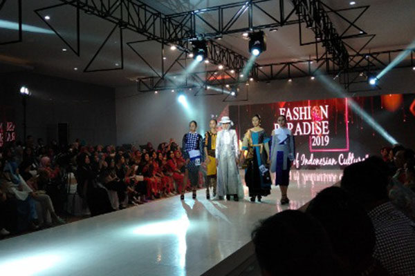 Gelaran Fashion Paradise di BBBPLK Semarang. - Bisnis/Alif Nazzala Rizqi