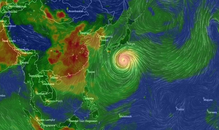 Topan Hagibis saat mendekati Jepang pada Jumat, 11 Oktober 2019. - Airvisual