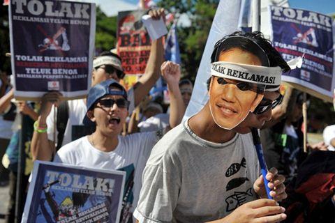Demo tolak reklamasi Teluk Benoa - Antara
