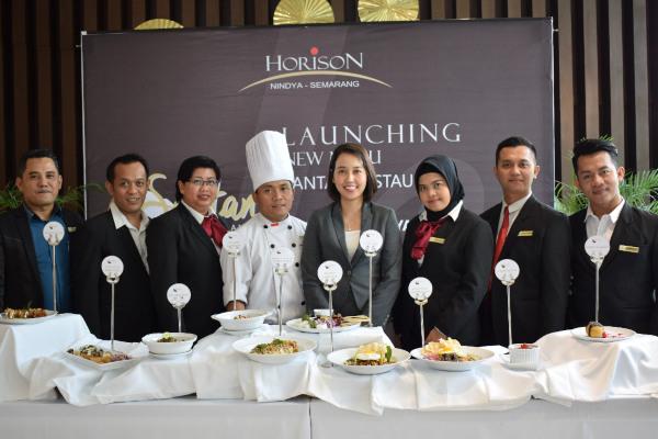 Hotel Horison Nindya Semarang Meluncurkan 20 menu terbaru dari Santan Restaurant dengan harga terjangkau.
