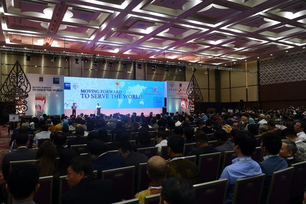Suasana pembukaan Trade Expo Indonesia 2019 di  Indonesia Convention Exhibition Bumi Serpong Damai (ICE BSD), Tangerang, Banten, Rabu (16/10/2019). - dok. Kemendag