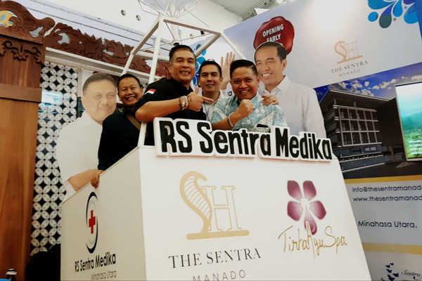 General Manager The Sentra Manado Hotel Tommy Soetrisno (kanan) saat ajang Trade Expo Indonesia di ICE BSD Tangerang Banten, Jumat (18/10/2019) - Bisnis/Istimewa