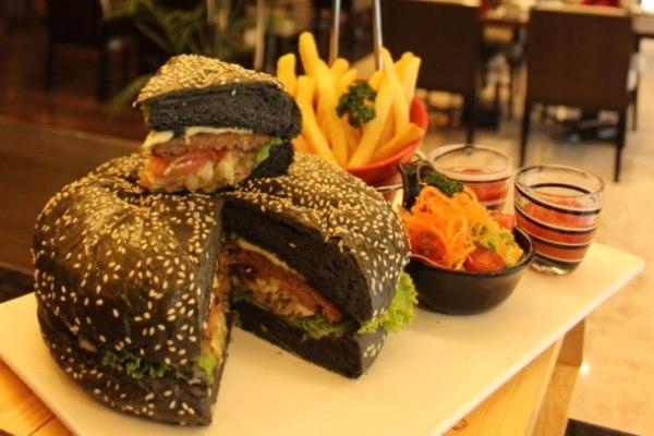 Godzilla Burger PO Hotel