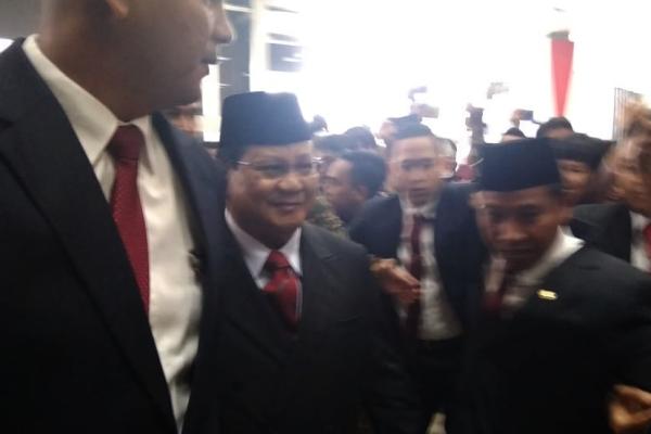 Ketua Umum Partai Gerindra Prabowo Subianto tiba di kompleks parlemen, Minggu (20/10/2019) - Bisnis/Jaffry Prabu Prakoso