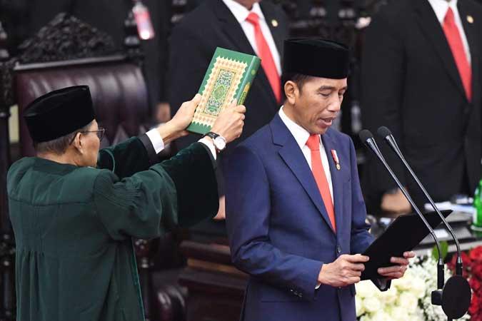 Presiden Joko Widodo mengucapkan sumpah saat dilantik menjadi presiden periode 2019-2024 di Gedung Nusantara, kompleks Parlemen, Senayan, Jakarta. Antara - Akbar Nugroho Gumay