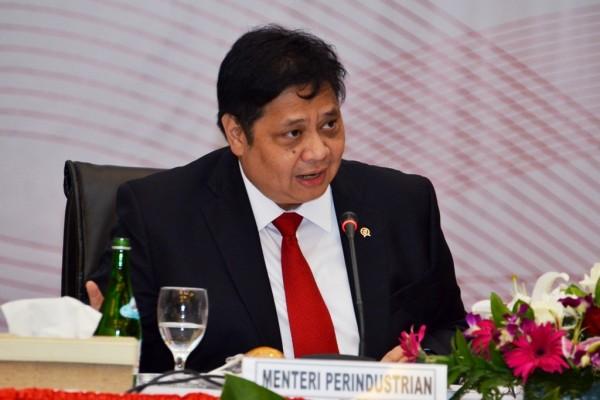 Airlangga Hartarto, Menteri Perindustrian periode 2014 - 2019 yang kembali dipanggil Presiden Joko Widodo dalam proses penyusunan kabinet 5 tahun ke depan. - Antara
