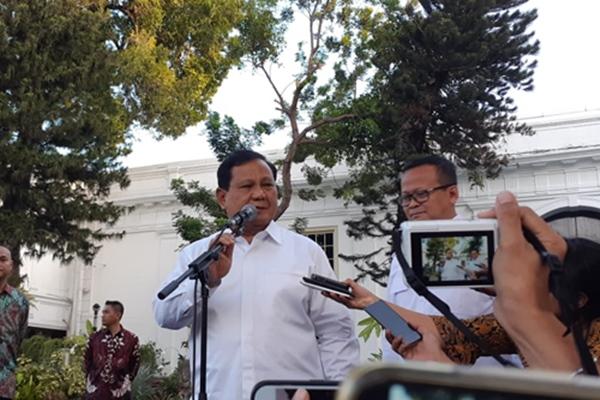 Prabowo Subianto dan Edhy Prabowo seusai bertemu Presiden Joko Widodo di Istana Kepresidenan Jakarta, Senin (21/10/2019) - Bisnis/Amanda Kusuma Wardhani