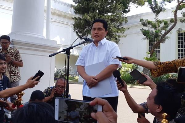 Erick Thohir memberikan keterangan pers seusai wawancara calon menteri di Istana Kepresidenan Jakarta, Senin (21/10/2019) - Bisnis/Amanda Kusuma Wardhani