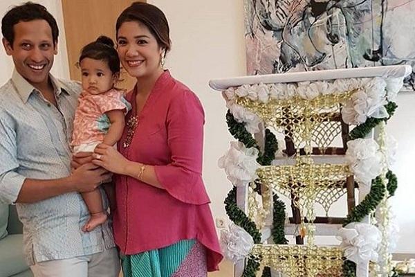 Nadiem Makarim dan istrinya Franka Franklin beserta anak mereka. - Istimewa