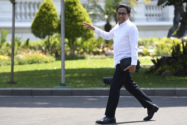 Politisi PKB Abdul Halim Iskandar tiba di Kompleks Istana Kepresidenan di Jakarta, Selasa (22/10/2019) - ANTARA FOTO/Puspa Perwitasari