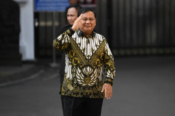 Ketua Umum Partai Gerindra Prabowo Subianto tiba di Istana Kepresidenan, Rabu (23/10/2019). Presiden Jokowi rencananya akan mengumumkan susunan kabinet pada hari ini - ANTARA FOTO/Wahyu Putro A