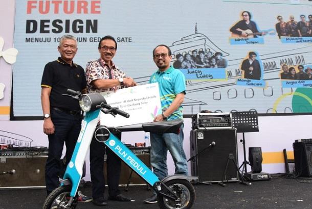 Perayaan Hari Listrik Nasional 2019 Tingkat Provinsi di Gedung Sate, Kota Bandung, Minggu (27/10/2019). - Istimewa