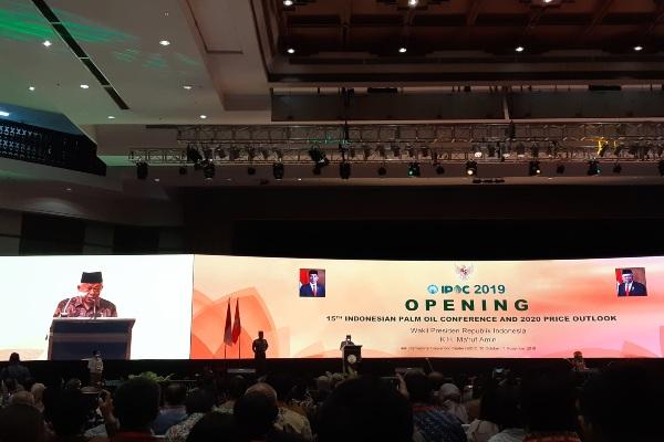 Wakil Presiden Ma'ruf Amin saat memberikan sambutan dalam pembukaan Indonesian Palm Oil Conference (IPOC) 2019 and 2020 Price Outlook. - Bisnis/Feni Freycinetia