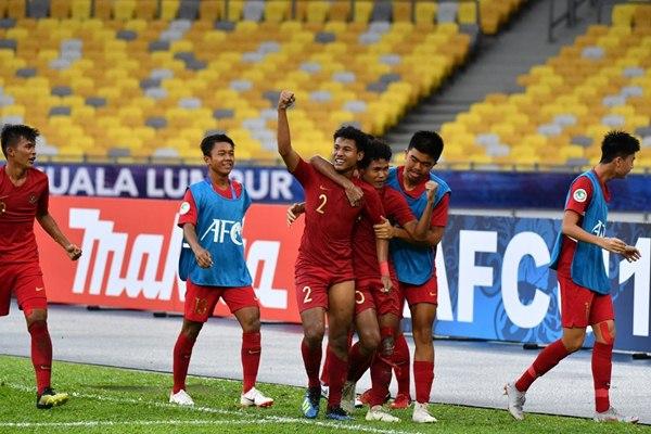 Bagus Kahfi dan Bagas Kahfi (dua tengah), dua andalan Timnas Indonesia U-19. - PSSI.org