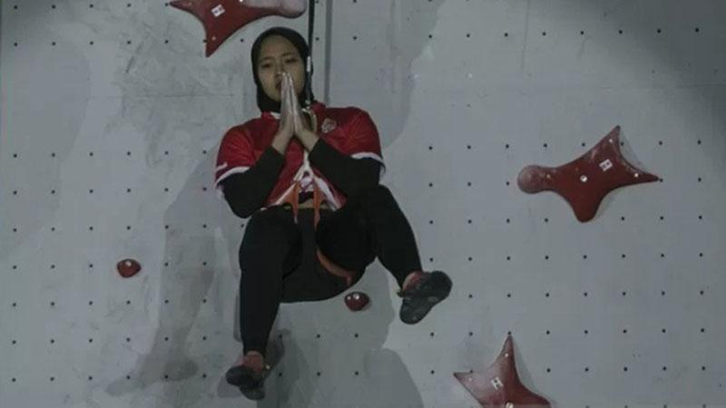 Atlet panjat tebing nasional Aries Susanti Rahayu - Antara/Hendra Nurdiyansyah