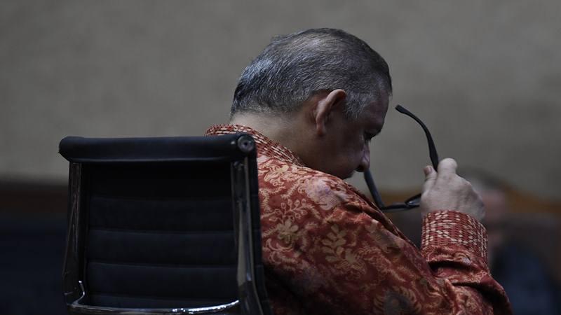 Mantan Dirut PLN Sofyan Basir mengikuti sidang dengan agenda pembacaan putusan atau vonis di Pengadilan Tipikor, Jakarta, Senin (4/11/2019). Majelis hakim memvonis bebas Sofyan Basir. - Antara