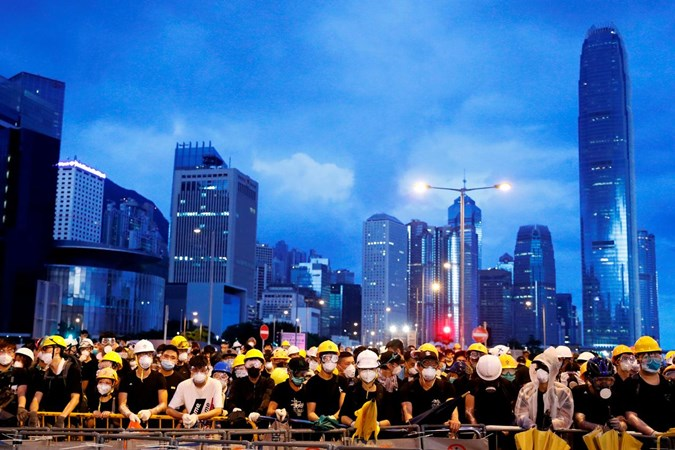 Aksi protes di Hong Kong - Reuters