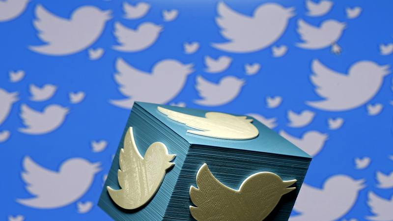 Logo cetak 3D untuk Twitter terlihat dalam ilustrasi gambar yang dibuat di Zenica, Bosnia dan Herzegovina pada 26 Januari 2016. - Reuters