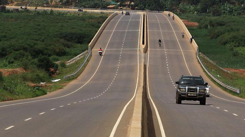 Ilustrasi jalan tol. - Reuters/James Akena