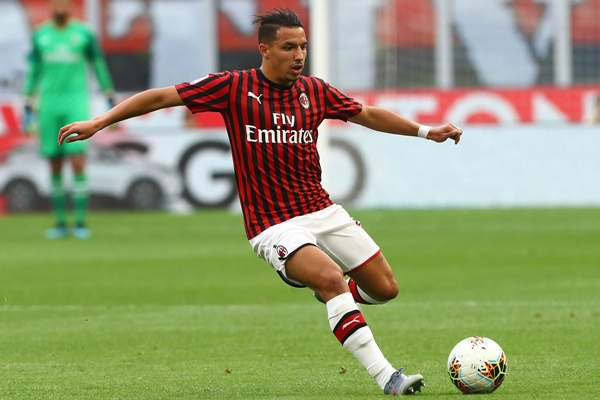 Pemain AC Milan, Ismael Bennacer - AC Milan Offside