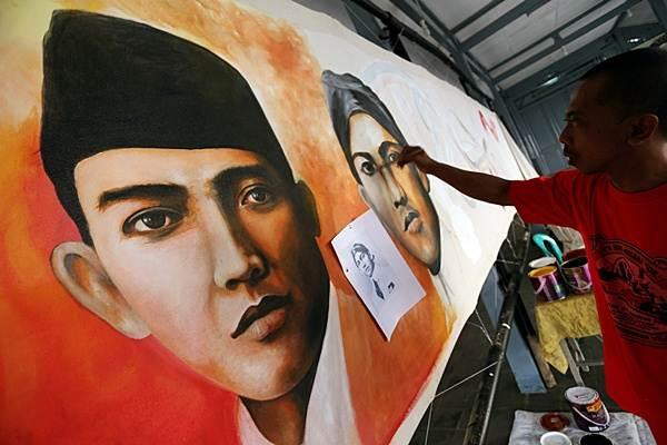 Lukisan Soekarno terpanjang di Balai Seni Museum Istana Gebang. - Antara/Irfan Anshori