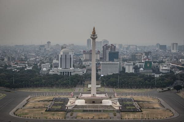 Pemandangan Monumen Nasional (Monas) yang berada di jantung kota Jakarta, Senin (26/8/2019). - ANTARA FOTO/Aprillio Akbar