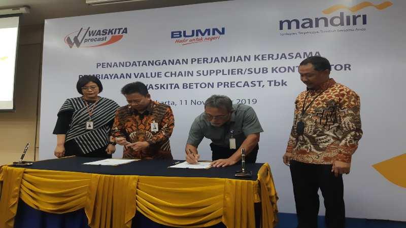 Penandatanganan kerja sama PT Bank Mandiri (Persero) Tbk. dengan PT Waskita Beton Precast Tbk. di Jakarta, Senin (11/11/2019)  - Bisnis/Ipak Ayu H.N.