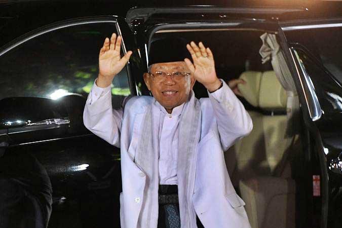 Wakil Presiden Ma'ruf Amin mencermati perlunya penanganan dan pencegahan aksi terorisme dari hulu hingga hilir. - Antara/Rivan Awal Lingga