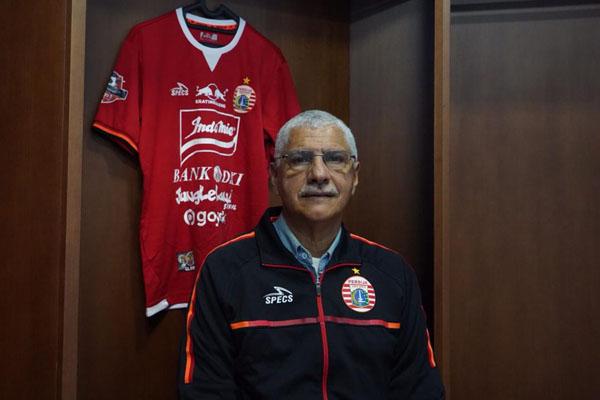 Pelatih Persija Jakarta Edson Araujo Tavares - Persija.id