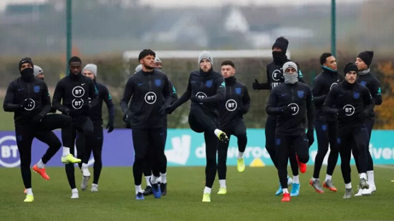 Timnas Inggris berlatih menjelang pertandingan kualifikasi Piala Eropa (Euro) 2020 kontra Kosovo di Watford Training Ground, St. Albans, Inggris, pada 16 November 2019. - Reuters/Matthew Childs