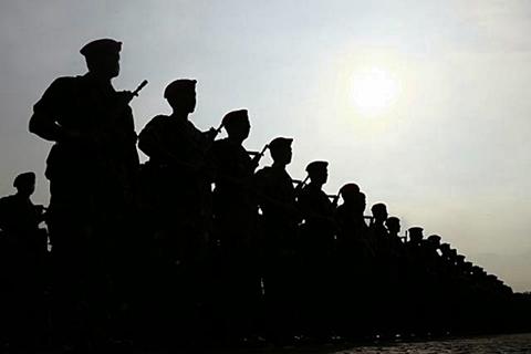 Personel gabungan TNI dan Polri. - JIBI/Abdullah Azzam