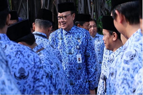 Menteri Pendayagunaan Aparatur Negara dan Reformasi Birokrasi (PANRB) Tjahjo Kumolo. - www.menpan.go.id