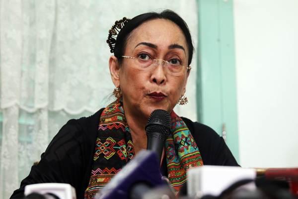 Sukmawati Soekarnoputri saat memberikan keterangan pers terkait polemik puisi
