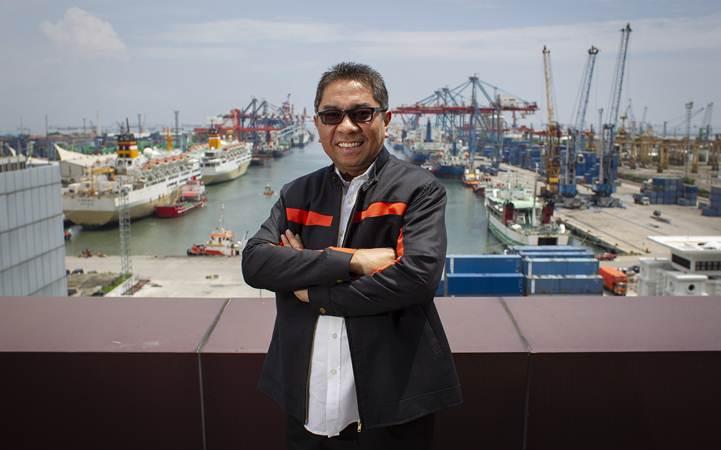 Direktur Utama PT Pelabuhan Indonesia II (Persero)/IPC Elvyn G. Masassya berpose di kantor IPC, Jakarta, Rabu (13/3/2019). - ANTARA/Dhemas Reviyanto