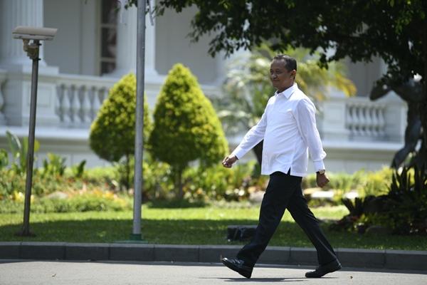Mantan Ketua HIPMI Bahlil Lahadalia tiba di Kompleks Istana Kepresidenan di Jakarta, Selasa (22/10/2019)/ANTARA FOTO-Puspa Perwitasari -