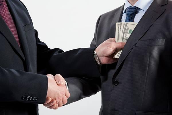 Ilustrasi korupsi - priestslife.org