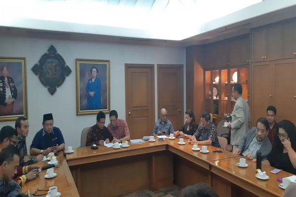 Suasana rapat persiapan Munas Perhimpunan Hotel dan Restoran Indonesia (PHRI) 2020, Kamis (21/11/2019). - Bisnis/Yustinus Andri