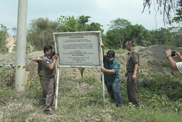 Penindakan dalam upaya penyelamatan aset lahan Pemda Provinsi Jabar di Gunung Sembung, Kab. Purwakarta - Istimewa
