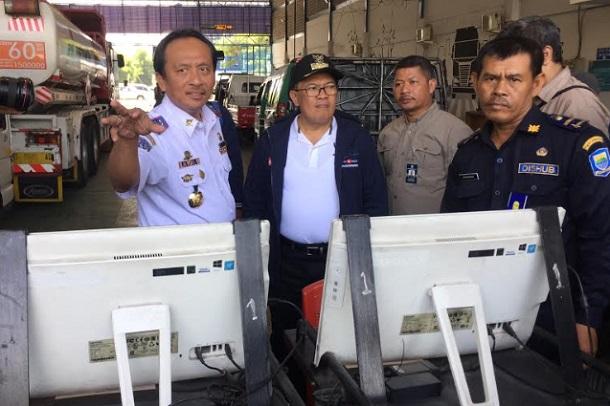 Wali Kota Bandung Oded M. Danial sidak UPT Uji Kir, Dinas Perhubungan Kota Bandung. - Bisnis/Dea Andriyawan