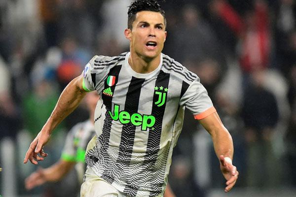 Striker Juventus Cristiano Ronaldo - Reuters/Massimo Pinca