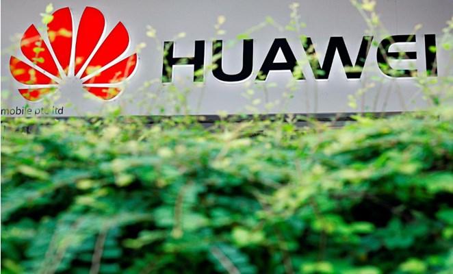 Logo Huawei - REUTERS/Edgar Su