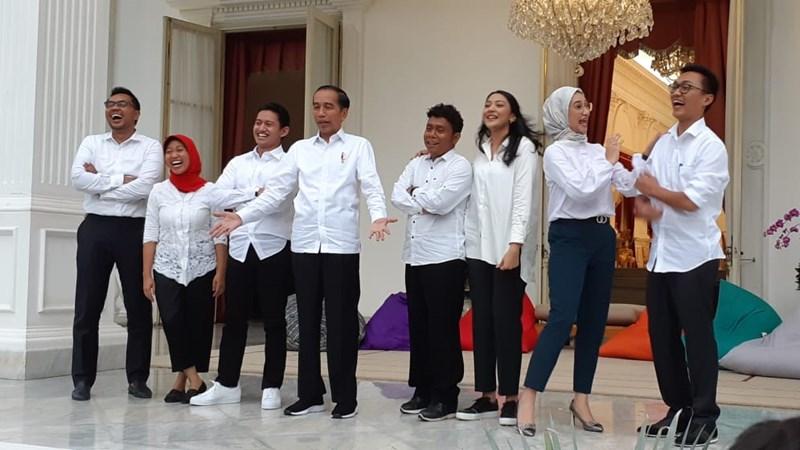 Presiden Joko Widodo memperkenalkan tujuh orang staf khusus, Kamis (21/11/2019). - Bisnis/Amanda Kusumawardhani