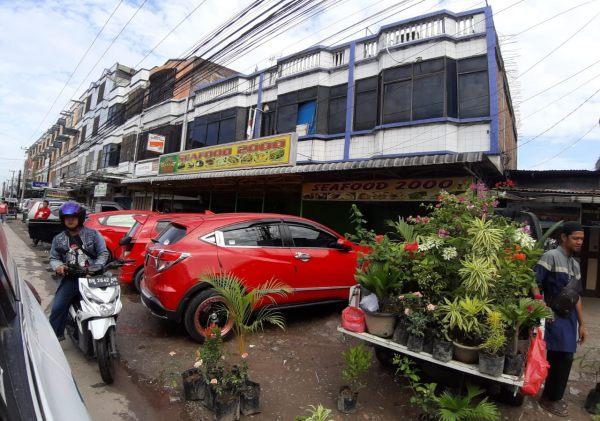 Salah satu rumah makan di Kota Dumai. - Bisnis/Himawan L. Nugraha
