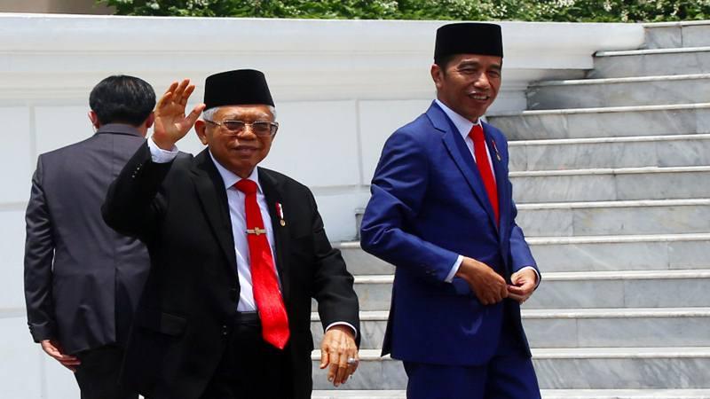 Presiden Joko Widodo (kanan) dan Wakil Presiden Ma'ruf Amin saat pelantikan menteri Kabinet Indonesia Maju, Rabu (23/10/2019). JIBI/Bisnis - Abdullah Azzam