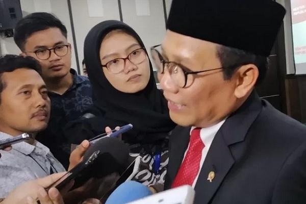 Menteri Desa, Pembangunan Daerah Tertinggal dan Transmigrasi, Abdul Halim Iskandar. - Antara