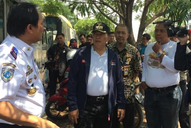 Oded M. Danial (tengah) - Bisnis/Dea Andriyawan