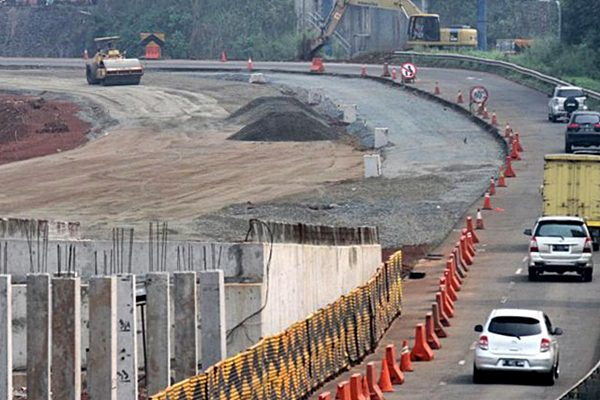 Proyek pembangunan jalan - JIBI/Rahmatullah